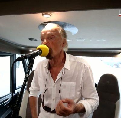 Alan Stivell en camping-car Bavaria