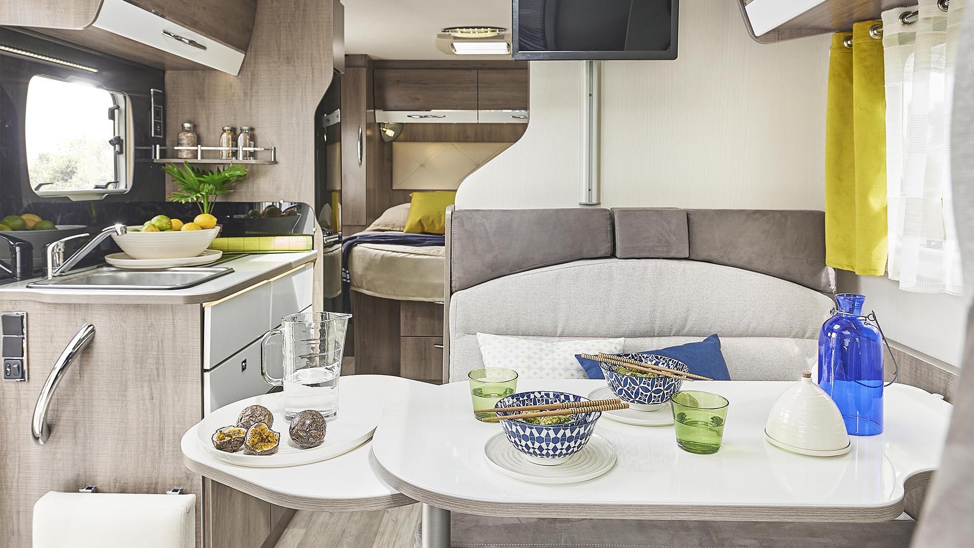 le t650c un camping car profil et compact aux nombreux atouts. Black Bedroom Furniture Sets. Home Design Ideas