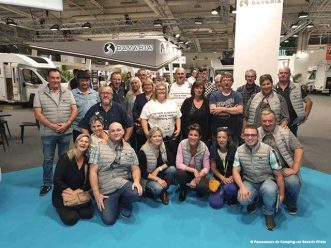Photo de groupe lors du salon VDL au Bourget